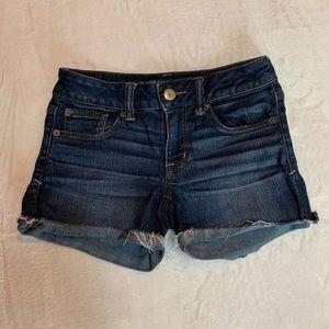 American Eagle Size 2 Denim Cut Off Shorts